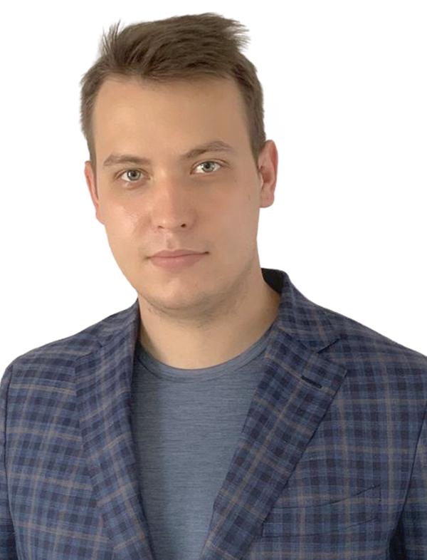 Артем Ильгизович